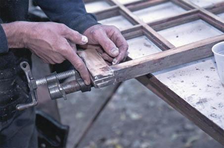 ILONA 2017 SRL, Reconditionare tamplarie lemn