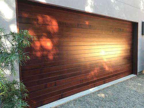 Weru Klass SRL, Uși de garaj