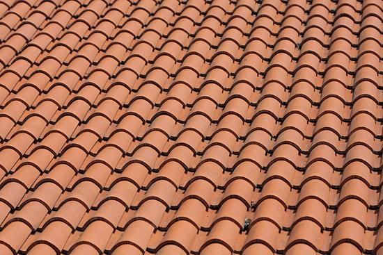 Schimbarea învelitorii acoperișului și renovarea acoperișului